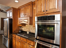 Nuovi apparecchi di cucina moderni Fotografie Stock