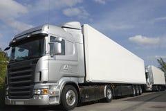 Nuovi camion grigi argento Fotografia Stock Libera da Diritti