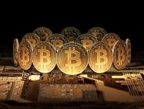 Nuovi contanti di Bitcoin dopo la spaccatura di Bitcoin che sta sulla scheda madre Nuovo cryprocurrency dopo il concetto spaccato Immagini Stock