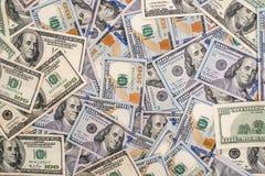 100 nuovi e vecchie banconote in dollari Fotografie Stock