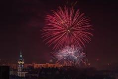 Nuovi fuochi d'artificio di Year's EVE in Bielsko-Biala, Polonia Fotografia Stock