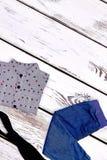 Nuovi vestiti d'avanguardia del neonato Immagine Stock Libera da Diritti