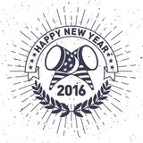 Nuovo anno 2016 dei pantaloni a vita bassa, distintivo e tromba, vettore afflitto Fotografia Stock