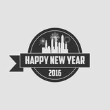 Nuovo anno 2016 dei pantaloni a vita bassa, distintivo e tromba, vettore afflitto Immagini Stock
