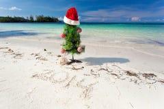 Nuovo anno di estate sulla spiaggia Fotografie Stock Libere da Diritti