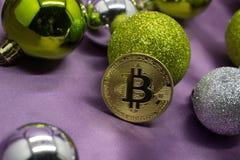 Nuovo anno di natale dell'oro di Bitcoin Fotografie Stock Libere da Diritti