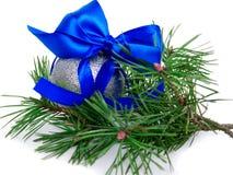 Nuovo anno, palle di Natale, rami del pino Immagini Stock