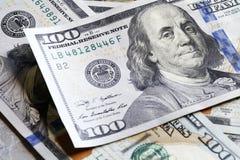 Nuovo cento primi piani della banconota in dollari Fotografia Stock