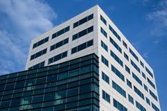 Nuovo edificio per uffici Fotografia Stock Libera da Diritti
