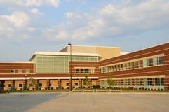 Nuovo edificio scolastico Fotografie Stock Libere da Diritti