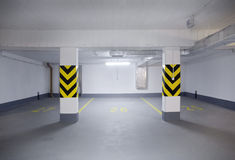 Nuovo garage vuoto Immagini Stock Libere da Diritti