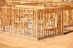 Nuovo inquadramento domestico della costruzione Immagini Stock Libere da Diritti