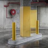 Nuovo interno di parcheggio Fotografie Stock Libere da Diritti