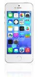 Nuovo iPhone 5s dell'argento di Apple Immagini Stock