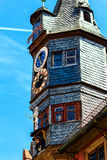 Nuovo municipio pittoresco in Ochsenfurt vicino a Wurzburg, Germania Fotografia Stock