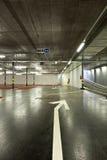 Nuovo parcheggio sotterraneo Fotografie Stock Libere da Diritti
