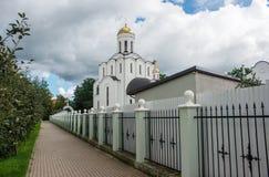 Nuovo tempio cristiano fotografie stock