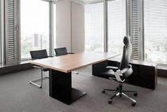 Nuovo ufficio moderno Immagini Stock
