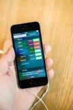 Nuovo ultimo smartphone del Se di iPhone di Apple dai calcolatori Apple Fotografia Stock