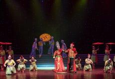 Nupcial procesión-ella danza popular aduana-china de la nacionalidad Imagenes de archivo