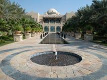 Nur u. ein Hotel in Dubai lizenzfreies stockfoto