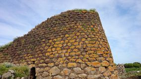 Nuraghe Losa in Sardinien stockfotos