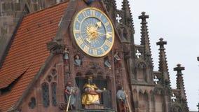 Nuremberg, Allemagne - 5 décembre 2018 la place principale de Nuremberg, les vues de la ville Noël-décorée banque de vidéos