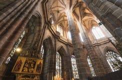 "Nuremberg, Duitsland †""30 December, 2016: St Lorenz kerk Stock Foto's"