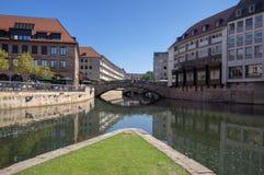 Nuremberg/DUITSLAND - September 17, 2018: Manier om in historisch centrum van Nuremerg te leven verticale mening royalty-vrije stock afbeelding