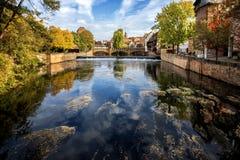 Nuremberg, Max Bruke Bridge over de Pegnitz-Rivier Franconia, Duitsland royalty-vrije stock fotografie