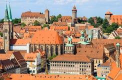 Nuremberg (NÃ-¼rnberg) Tyskland gammal stad-antenn sikt royaltyfria foton