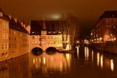 Nuremberg vid natt på jul Arkivbild
