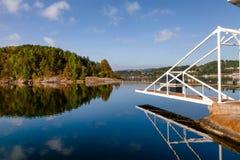 Nurkowa platforma w Olavsberget kąpania terenie blisko Porsgrunn Telem obrazy royalty free