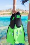 Nurkowi gogle, snorkel i snorkeling żebra przy, Zdjęcia Stock