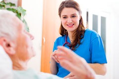 Nurse with great patience Royalty Free Stock Photography