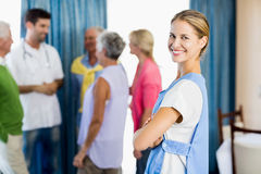 Nurse standing with arms crossed Royalty Free Stock Photography