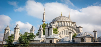 Nuruosmaniye moské i Istanbul, Turkiet Arkivfoton