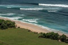 Nusa Dua Uluwatu met mooie klippen en stranden in Bali, Indo royalty-vrije stock afbeelding