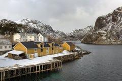 Nusfjord Fischereihafen in der Winterzeit auf der Lofoten-Insel Lizenzfreie Stockfotos