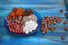 Nusssamen-Trockenfrüchtehaselnüsse lizenzfreie stockfotografie