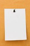 Nutowy papier z metalu pchnięcia szpilkami Zdjęcie Stock