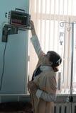Enfermeira com monitor paciente Foto de Stock Royalty Free