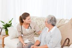Nutra a fala com seu paciente Fotografia de Stock