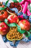 Nutrition appropriée Alimentation saine, perte de poids - concept de la consommation saine Images stock