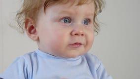 Nutrition saine de bébés banque de vidéos