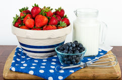 Nutritional breakfast of fruit and milk Royalty Free Stock Photography