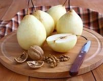 nuts груши Стоковая Фотография RF