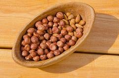 nuts плита деревянная Стоковое Изображение RF