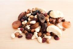 nuts torkade frukter Royaltyfria Bilder