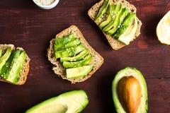 Nuttige toost met avocado Stock Foto